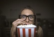 5 kultowych filmów grozy, które nie pozwolą ci zasnąć